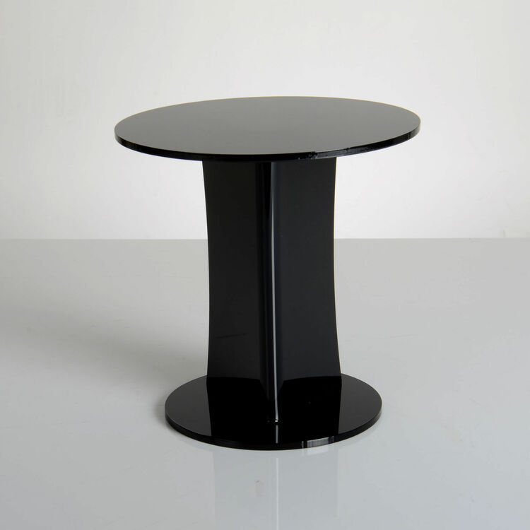 Acrylic Stand Designs : Emily design black acrylic round cake stand from £