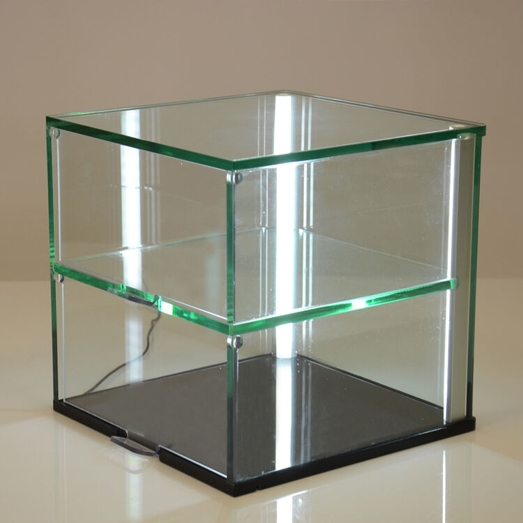ideal for retail environments this illuminated cake display cabinet