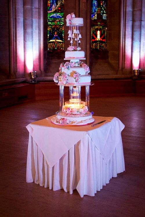 Four Tier Water Fountain Pillar Cake Stand