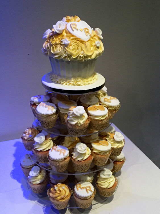 4 Tier Clear Acrylic Cupcake Stand Round Plates