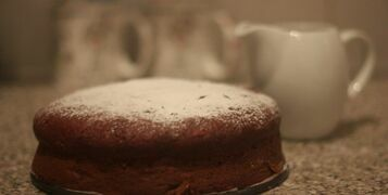 Cake Stands Bake Off – Beetroot & Orange Dark Chocolate Cake