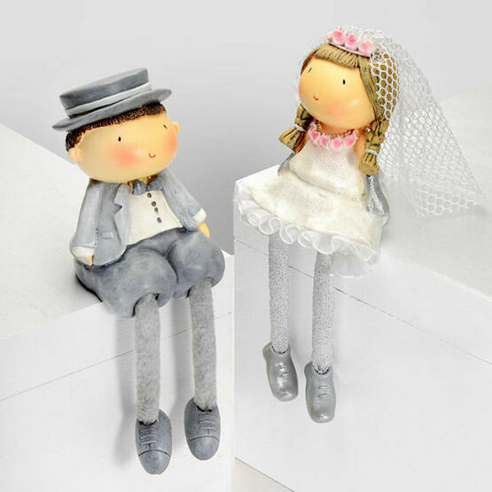 Resin Wedding Couple Figurines With Dangly Legs Cake Topper
